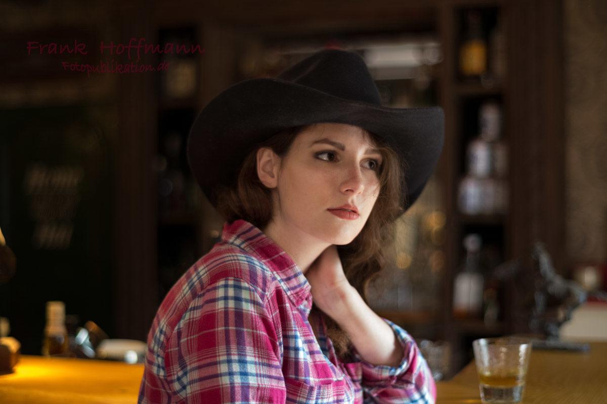 Thekenportrait im Saloon.