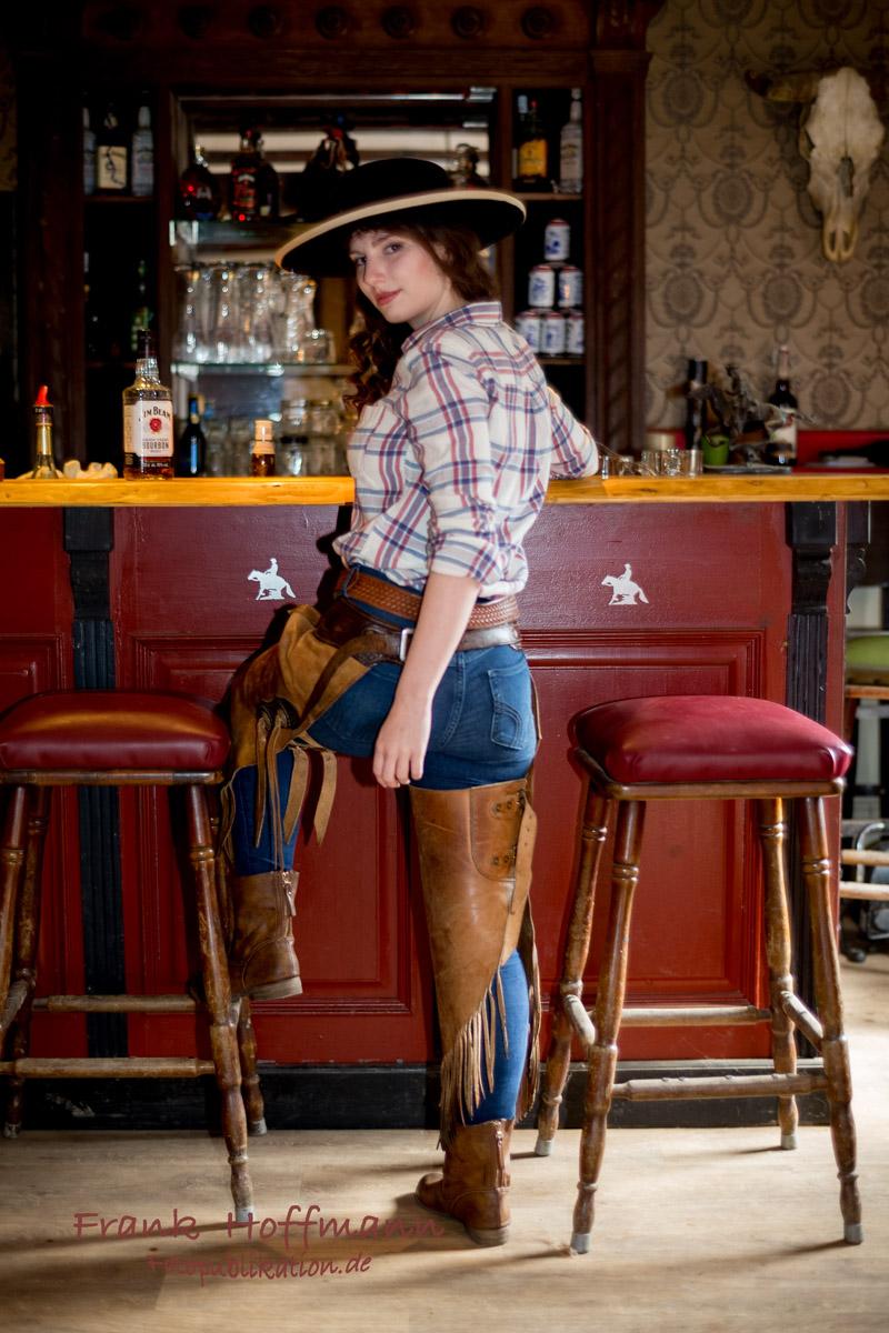 Western Fotoshooting mit Caroline im Sallon.