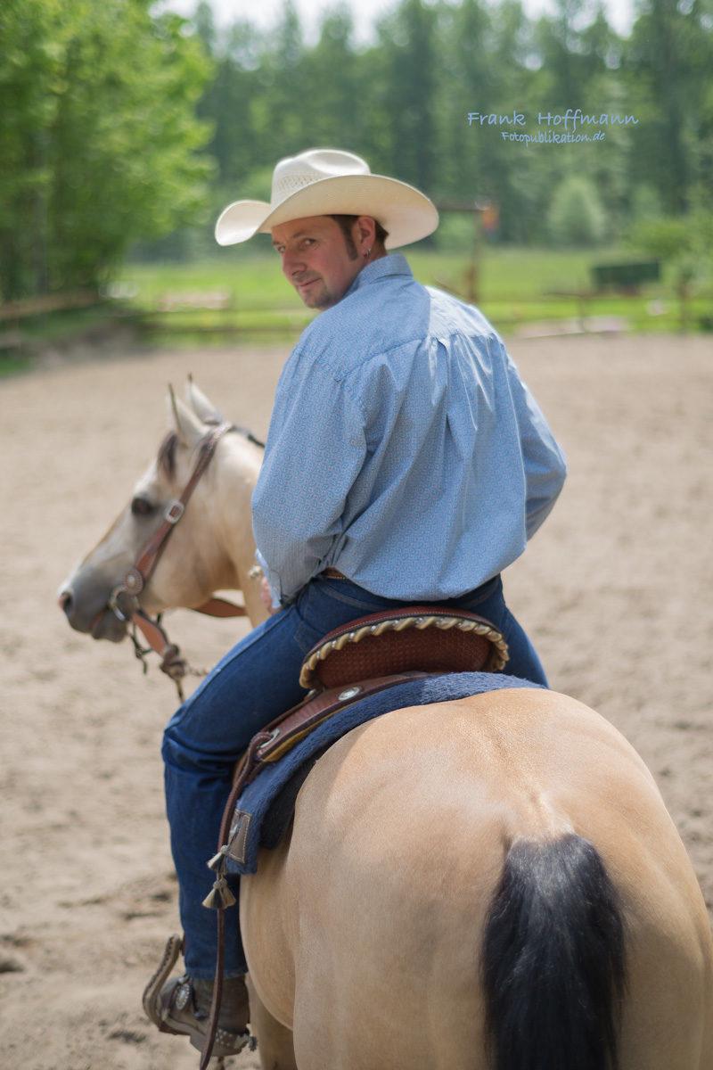 Its Cool Cowboy Shooting. Im Bild Santana Schmitz mit Heza Power Jack.