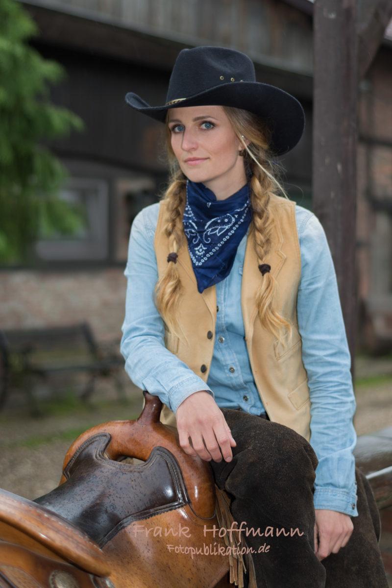 Cowgirl Schönheit Caro.