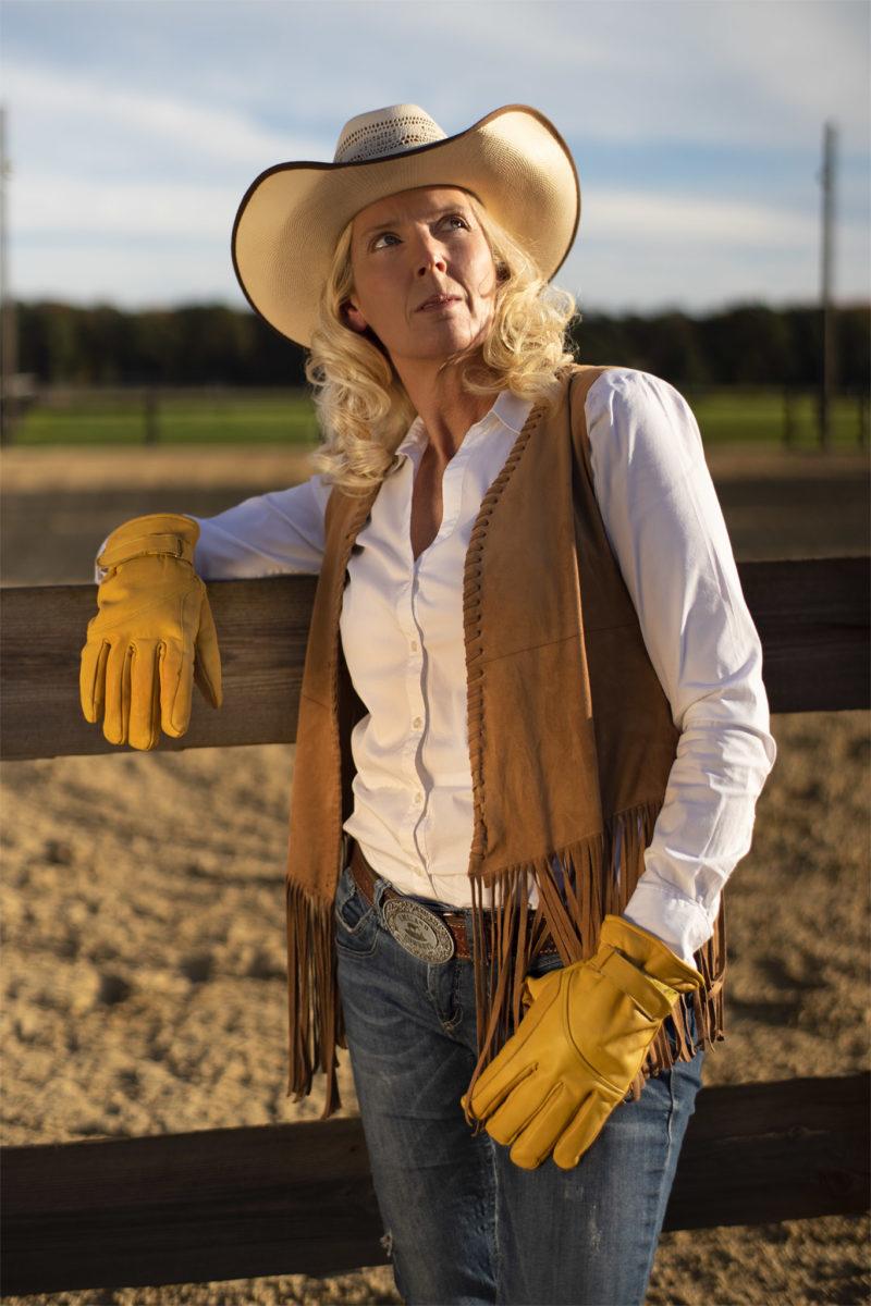 Cowgirl Petra im Abendportrait.