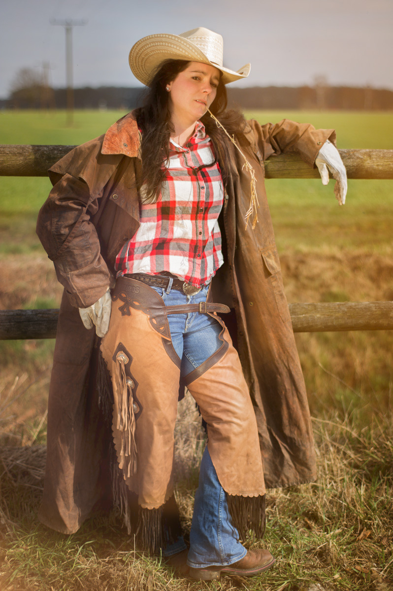 Cool Cowgirl Shooting in Wild West German. Jaqueline Relaxed.