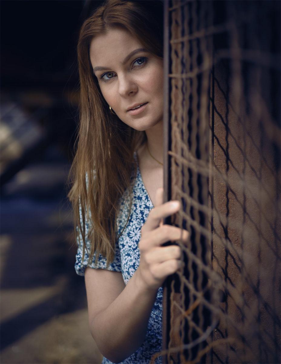 Besonders natürlich schöne Porträts in Duisburg. Im Bild: Katja Jacobs im Einzel Porträt Shooting.